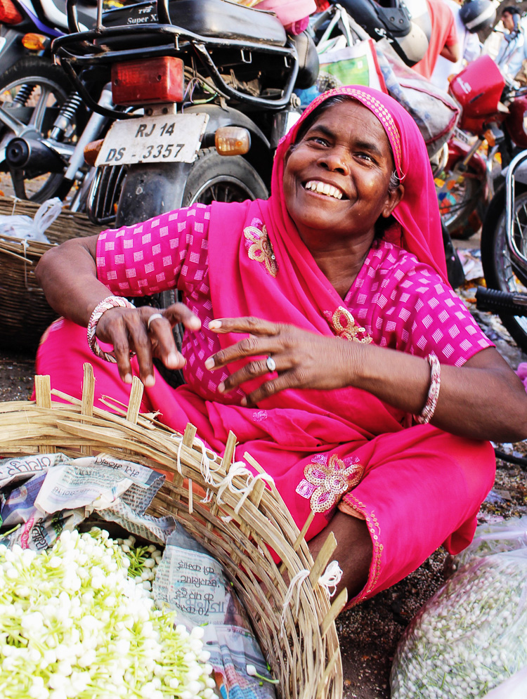 jaipur flower market via perfectly imperfect living