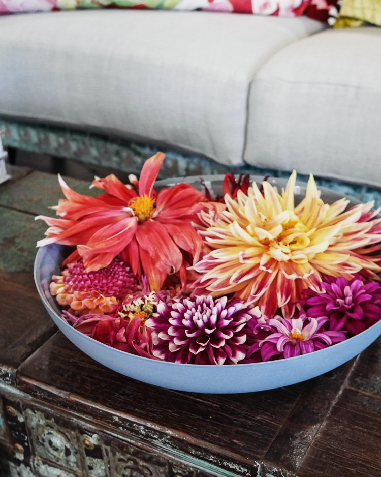 floating dahlias via perfectly imperfect living
